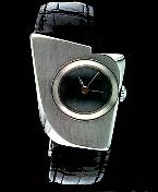 Click to read about custom watches by Frank Poye